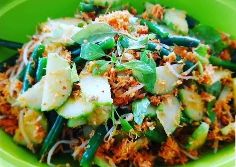 Urap Sayuran Indonesian Fresh Salad Recipe By Kezia S Kitchen Cookpad