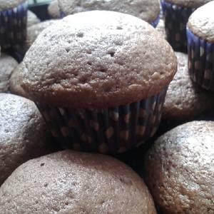 Cupcake de chocolate y arándanos