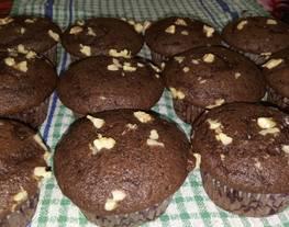 Muffins de chocolate y nuez esponjoso