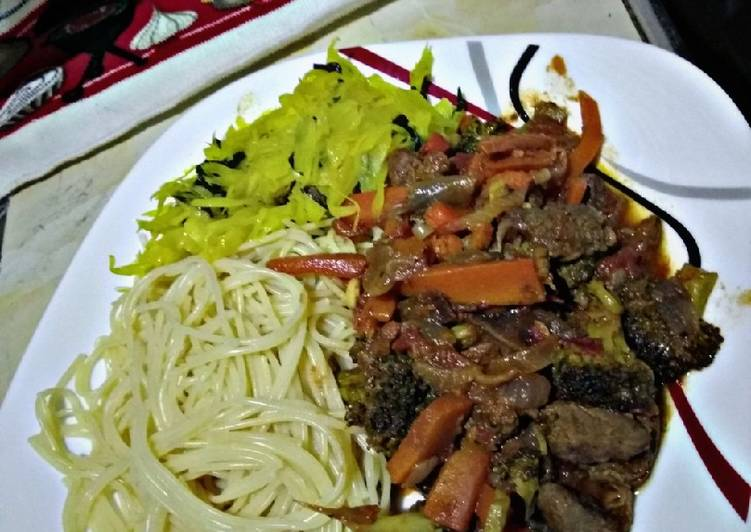 Broccoli beef with pasta#mashujaarecipe