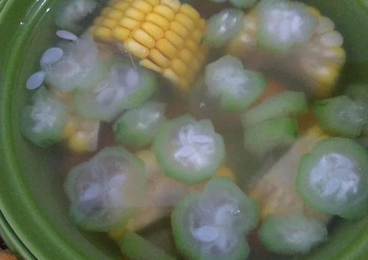 Sayur Bening Oyong, Wortel dan Jagung