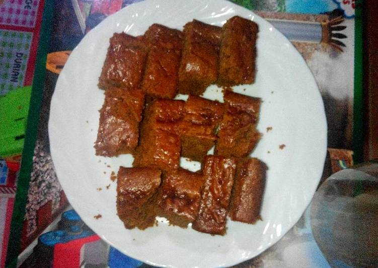 Steamed Carrot Cake With Chocolate n Brown Sugar-Eggless-No Oven