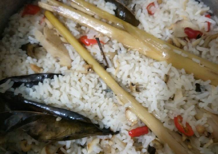 Nasi Liwet Teri (bisa buat nasi bakar)