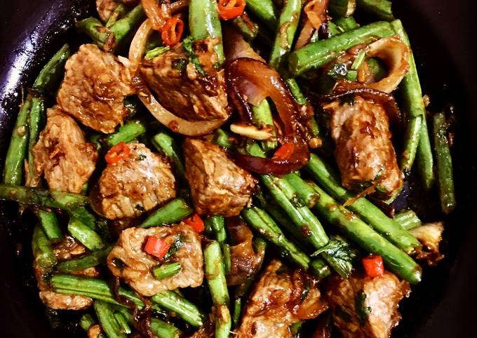 Beef with French beans