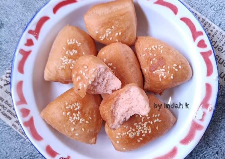 Odading (Roti Goreng Bantal Pink)