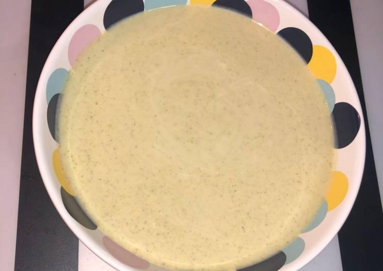 Crema de brócoli con robot de cocina Chefbot Touch