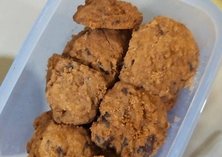 Eggless milo chocochips cookies