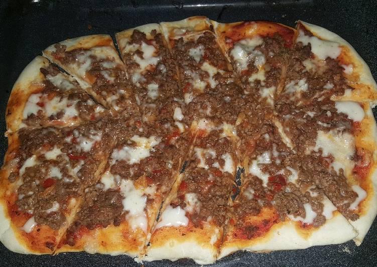 Pizza de carne molida