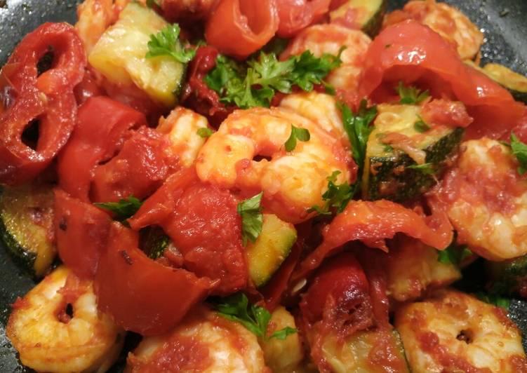 Recipe of Any-night-of-the-week Gamberi e verdura prawns and vegetables