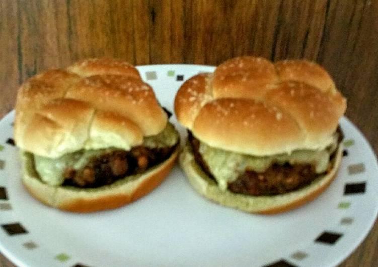 How to Prepare Delicious Delicious Turkey Mushroom Swiss Burger Patties