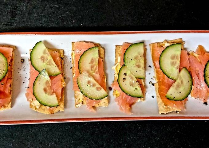My pineapple + Almond Roulè with Smoked Salmon on cracker #Snack