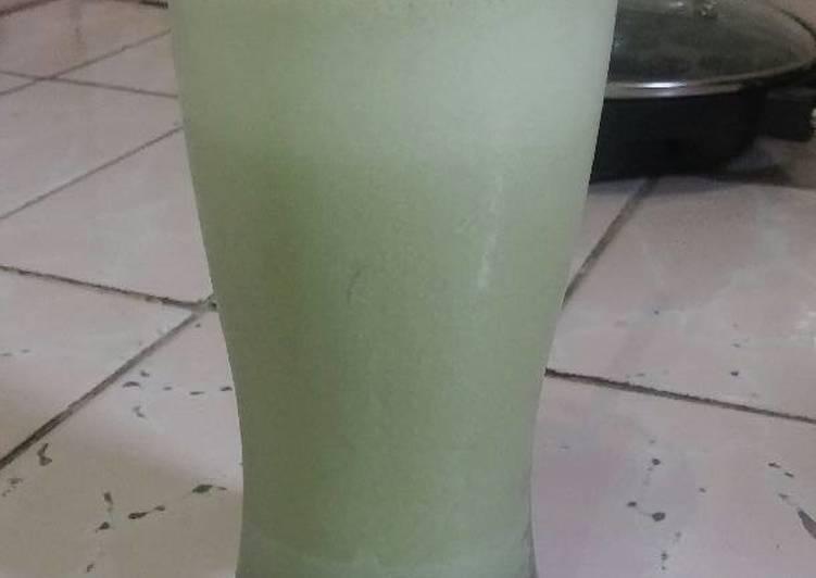 Green tea latte ala starbucks
