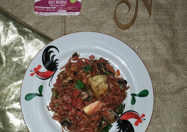 Beet Noodle With Oyster Sauce