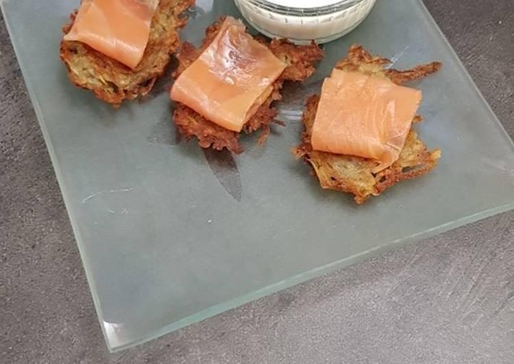 Miniröstis de pomme de terre et saucre crème citronnée