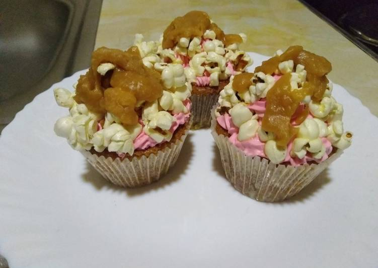 Easiest Way to Prepare Delicious Cupcakes with popcorn n caramel#mykidsfavoritecontest