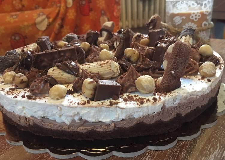 Ricetta Cheesecake bicolore Kinder e nocciole