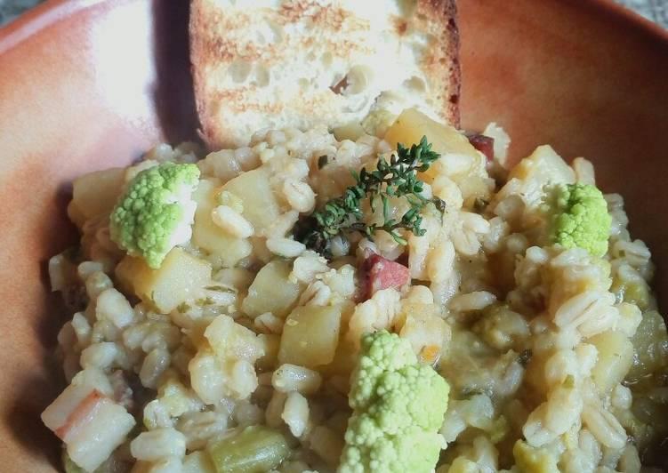 Ricetta Zuppa di orzo, cavolfiore e patate