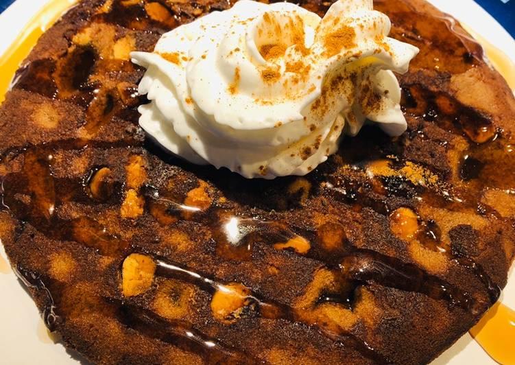 Brownie Peanut Butter Cake Pancakes 🥞