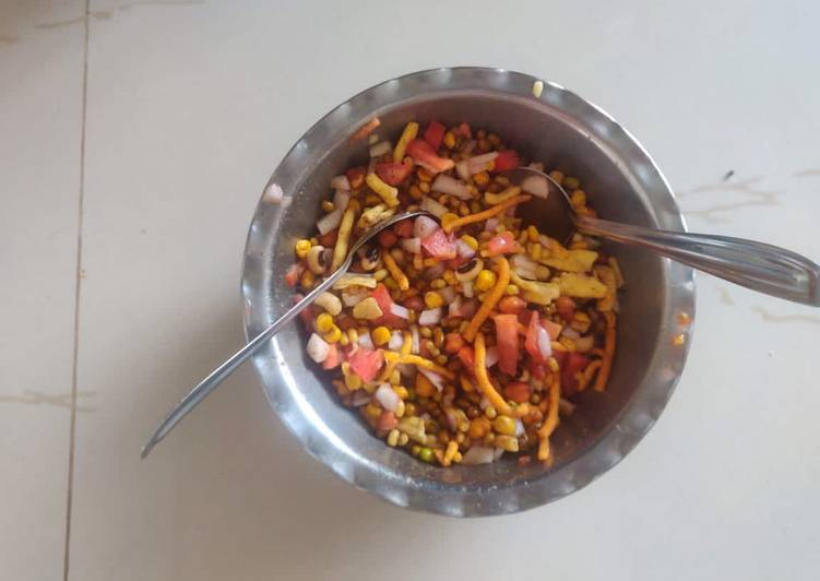 10 Minute Easiest Way to Prepare Special Sprouts Bhel