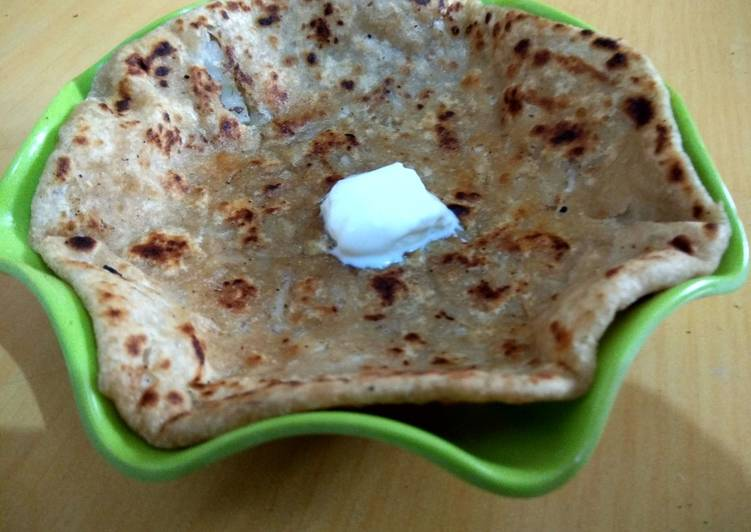 Use Food to Improve Your Mood Mooli prantha