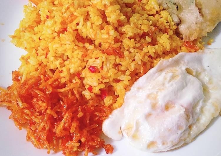 Nasi kuning kencur pedas