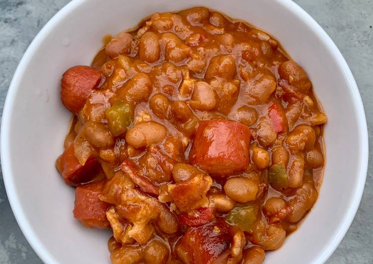 How to Make Super Quick Homemade Chicago Baked Beans