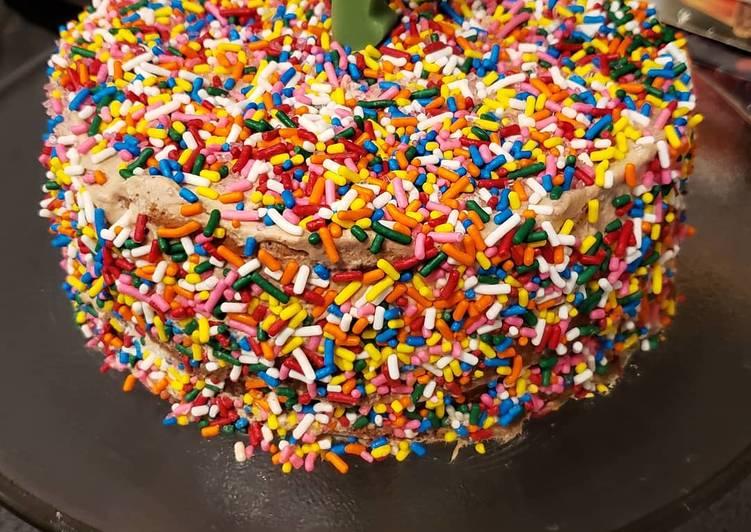 Recipe of Award-winning Chocolate sprinkles birthday cake
