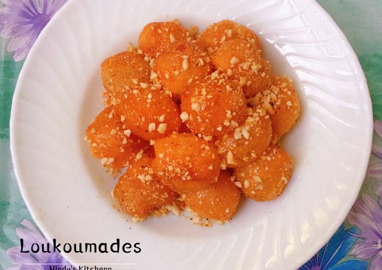Loukoumades | Fried Sweet Balls Donuts
