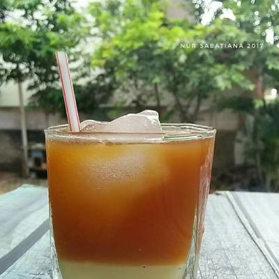 Resep Es Teh Susu Oleh Nur Sabatiana Cookpad