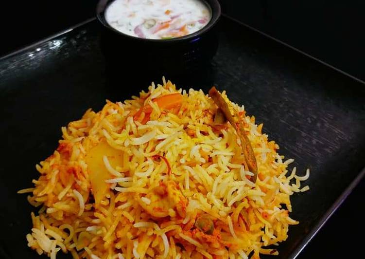 Hearty Comfort Dinner Ideas Refreshing Veg Dum Biriyani