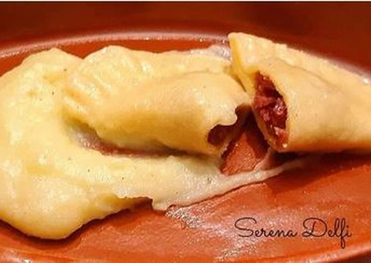 Ricetta Ravioli di cotechino e crema di patate