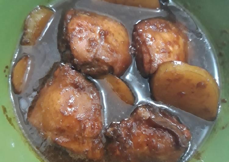 Semur Ayam Kentang