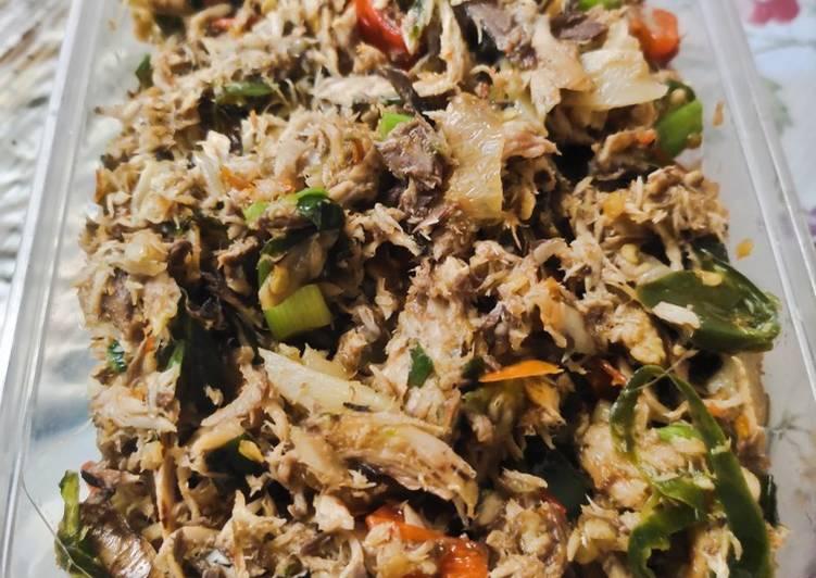 Suwir Ikan Tongkol Pedas