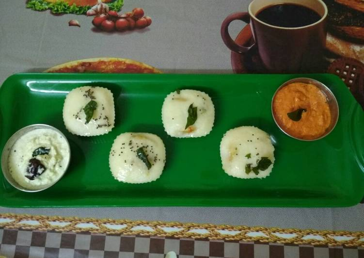 Steps to Make Perfect Stuffed muffins idli