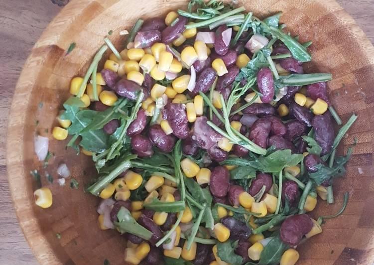 Salade haricots rouge, maïs et roquette