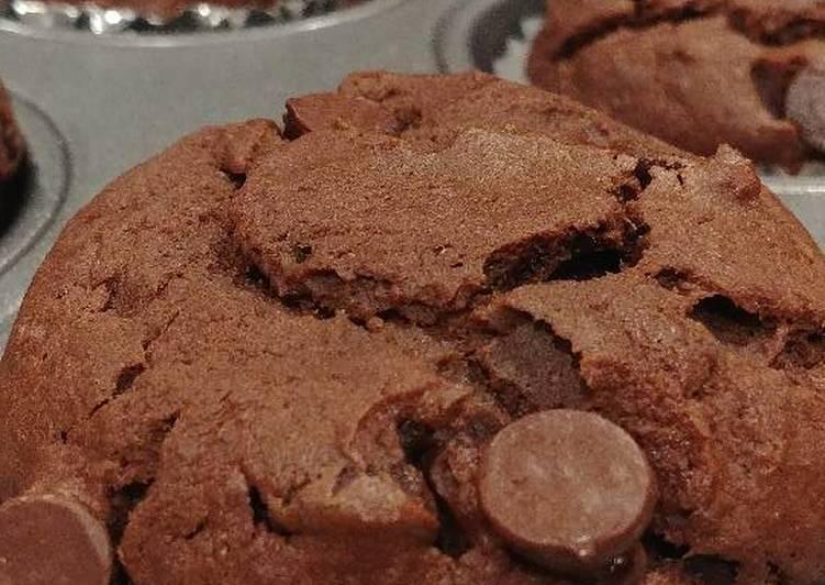 Easiest Way to Prepare Perfect Chocolate Chip Banana Muffins