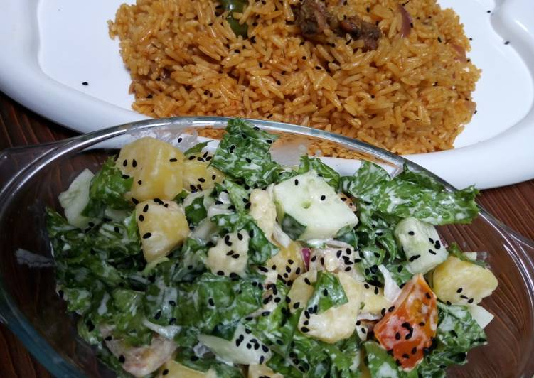 How to Prepare Tasty Jollof rice and salad