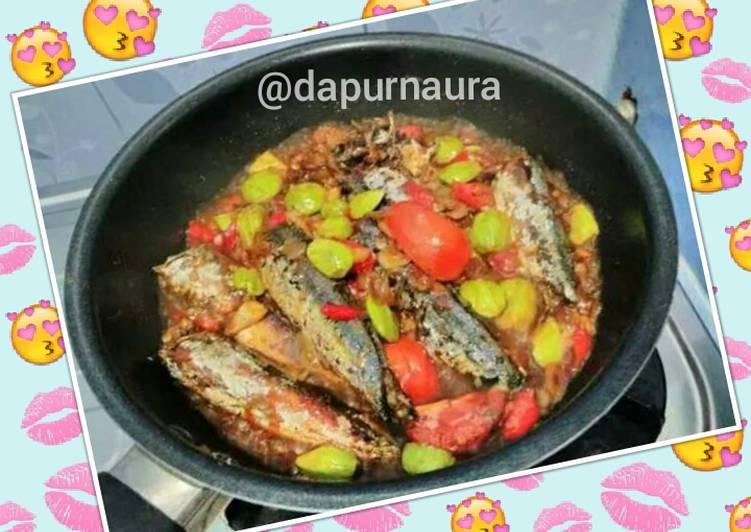 Resep Sambel Gereh Besek Ikan Keranjang Oleh Dapur Naura Cookpad