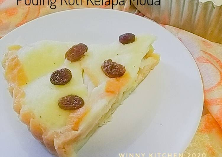 Puding Roti Kelapa Muda