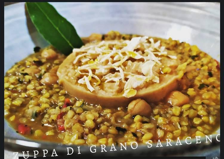Ricetta Zuppa di grano saraceno, purea di ceci e scagliette di ricotta salata