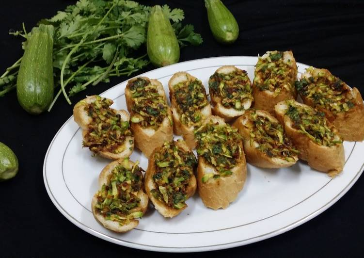 Zucchini Garlic Bread
