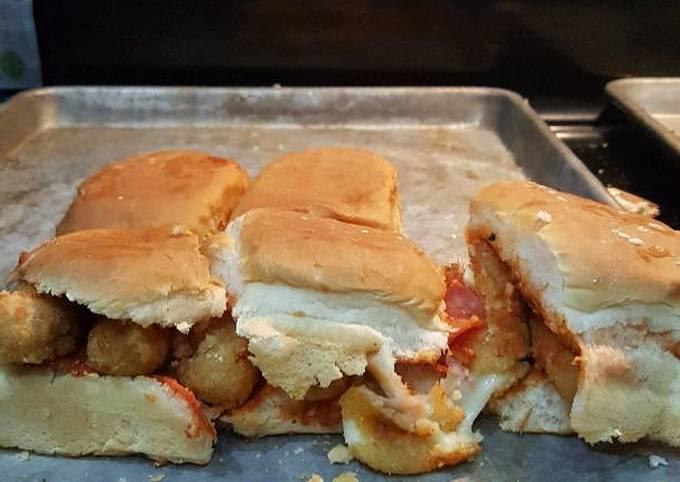 Pepperoni mozzarella cheesestick sliders