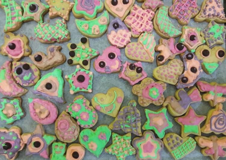 Langkah Mudah untuk Membuat Cookies hias ala 😅 #BikinRamadanBerkesan, Lezat