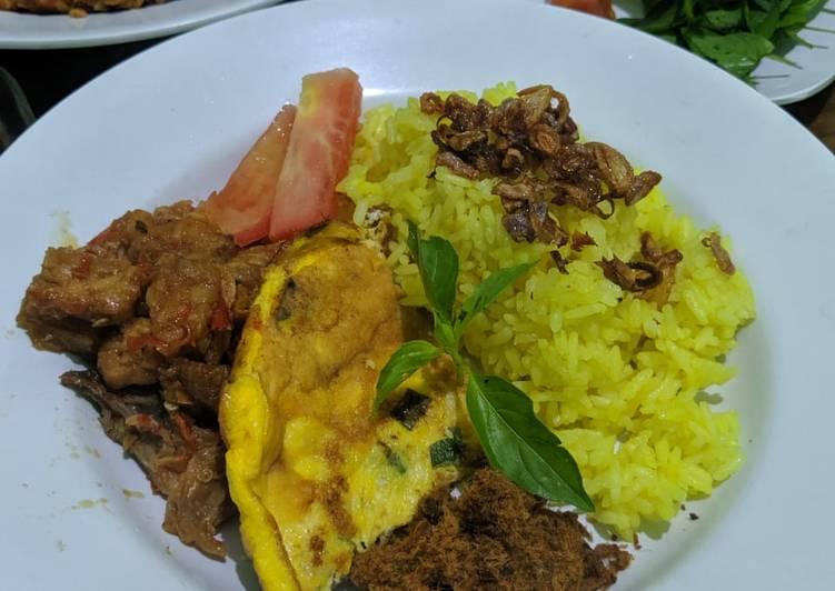 Nasi Kuning Ricecooker - cookandrecipe.com