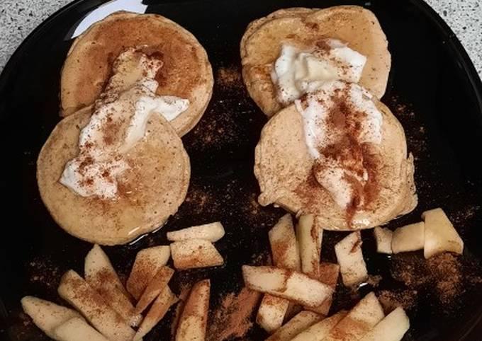 Pancake au pomme, a la cannelle et au sirop d'agave
