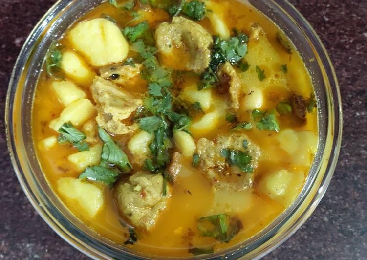 15 Minute Steps to Make Quick Leftover Aloo vadiya
