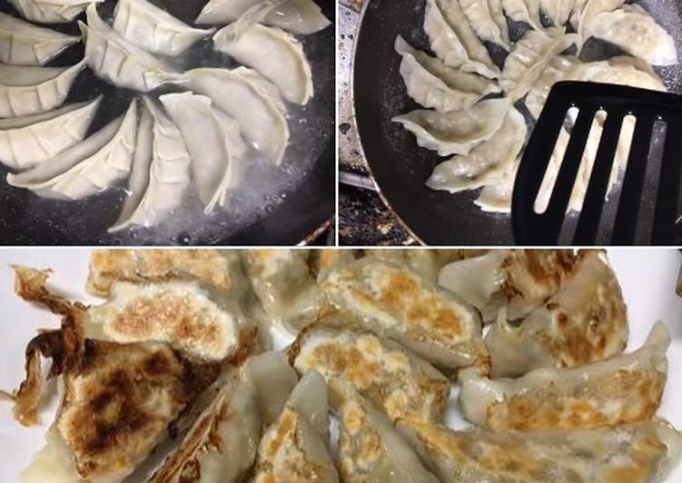 Gyoza (kuotie) ayam dgn daun shiso