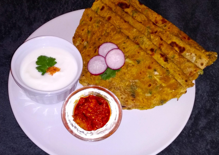 Doodhi Thepala (bottle gourd paratha/indian flat bread)