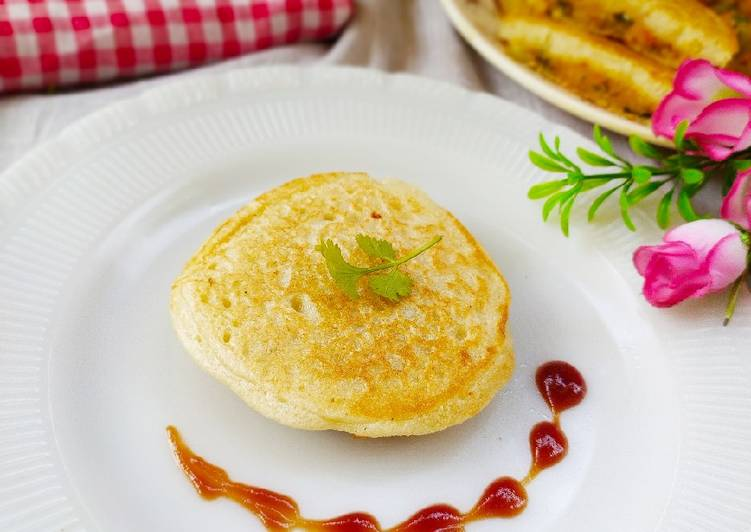 Veg stuffed Suji Pancake