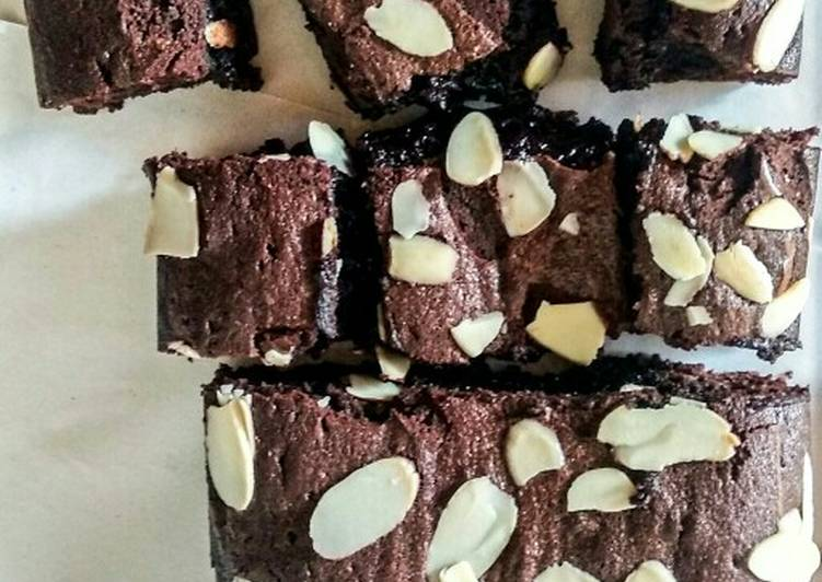 Fudgy Shiny Crust Brownie (Recook mbak afifah)